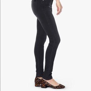 Joe's Jeans Stretchy Black Jegging Pangs Size 28